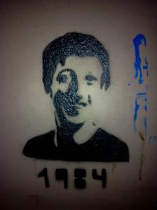 Mark_Zuckerberg_1984_Berlin_Graffiti