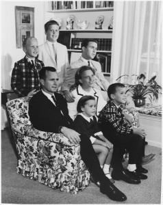 Bush_Family_1964