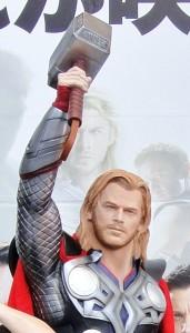 Thor_Hemsworth