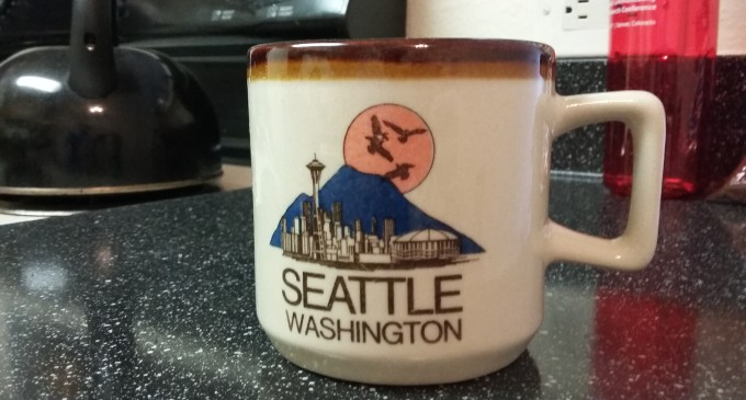 Humdinger's Seattle Washington Mug